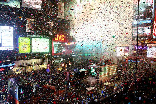 Confetti new years eve times square nyc 2009 2010
