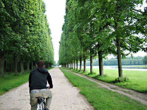 Biking_grounds_of_versailles