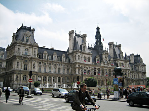 paris city pictures. the city hall of Paris.