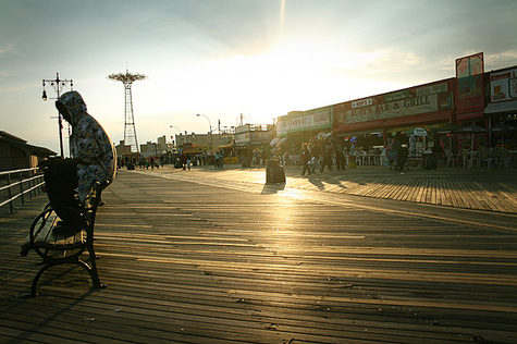 Coney_island_boardwalk